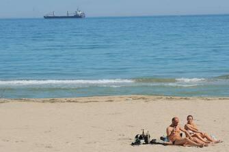 coronavirus spiagge bari