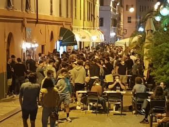 Fase 2, movida a Savona: gestori dei bar abbassano saracinesche
