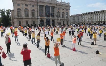 Torino, operatori e agenzie di viaggi protestano in Piazza Castello