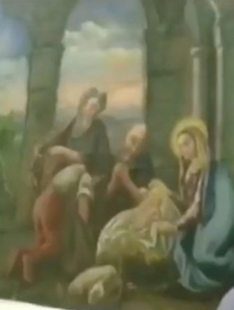 La Polizia di Stato di Cagliari ha arrestato un cittadino bosniaco per ricettazione. Le indagini dei poliziotti del Commissariato di Quartu Sant Elena hanno accertato che l uomo aveva ricettato diversi beni provento di furto, tra cui due preziose opere d arte appartenenti alla Chiesa di Sant Avendrace e raffiguranti una natività e l immagine stessa dell omonimo Santo. I quadri, risalenti rispettivamente al 700 e all 800, erano conservati presso alcuni locali a Selargius, da dove ignoti li avevano trafugati. Gli investigatori hanno avuto riscontro del fatto che l indagato era entrato certamente in possesso delle due preziose opere, insieme ad altra merce rinvenuta presso un immobile occupato abusivamente dallo stesso, e che aveva cercato di venderle contattando diversi soggetti, senza però concludere l affare. ANSA/US POLIZIA DI STATO +++ NO SALES, EDITORIAL USE ONLY +++