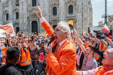 Gilet arancioni a Milano: in arrivo sanzioni per la manifestazione