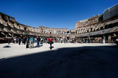 Coronavirus, a Roma il Colosseo riapre ai turisti. FOTO