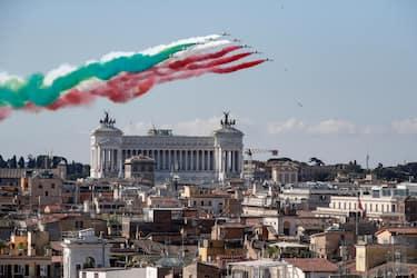 "Italian Air Forces aerobatic demonstration team, the ""Frecce Tricolori"", as they fly duringe the Italy's Republic Day (Festa della Repubblica) in Rome, Italy, 02 June 2020. The anniversary marks the founding of the Italian Republic in 1946.? ANSA/GIUSEPPE LAMI"
