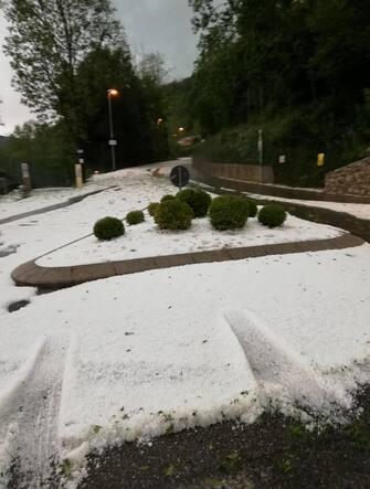 Nella foto:Violenta grandinata in valle Seriana altopiano Aviatico  2 giugno  2020.Photo  ANSA Meteo Altopiano Selvino Aviatico