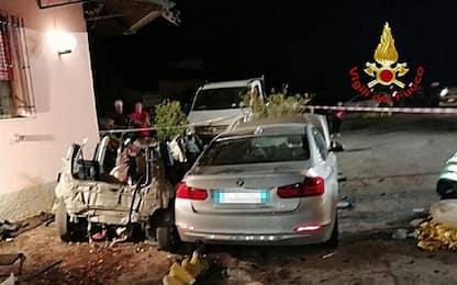 Incidente nel Bolognese, in schianto frontale 4 morti tra cui bambina