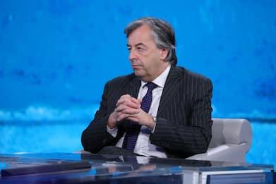 """Roberto Burioni abbandona la tv: """"Torno alla mia aula universitaria"""""""
