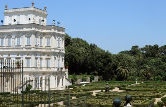 This picture taken on June 11, 2009 shows the 17th-century palace Villa Doria Pamphili in Rome which host the Libyan leader Moamer Kadhafi during his first visit to Italy. The Libyan leader has also pitched his trademark tent in the park . AFP PHOTO / TIZIANA FABI (Photo credit should read TIZIANA FABI/AFP via Getty Images)
