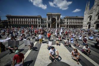 Un momento della manifestazione in piazza Duomo contro la giunta Fontana della Regione Lombardia per la gestione della sanità durante l emergenza coronavirus Covid-19, Milano, 20 Giugno 2020  Ansa/Matteo Corner