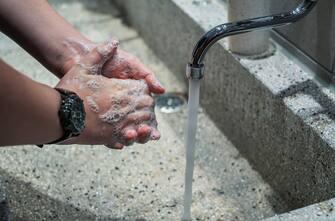 Igienizzare le mani