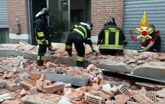 Varese crolla tetto