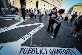 La manifestazione del movimento 'Priorità alla scuola' a Napoli, 25 giugno 2020.  ANSA/CESARE ABBATE