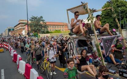 """Milano, la """"Marciona"""" in occasione del Global Pride 2020. FOTO"""