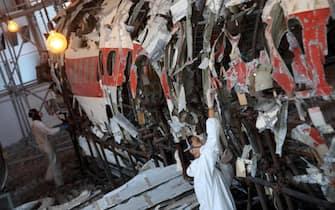 Presentazione alla stampa dell'esito della prima tranche di lavori di manutenzione e ripulitura, effettuati sui resti del velivolo DC-9 Itavia al Museo per la Memoria di Ustica di Bologna, 12 ottobre 2018. ANSA/GIORGIO BENVENUTI.