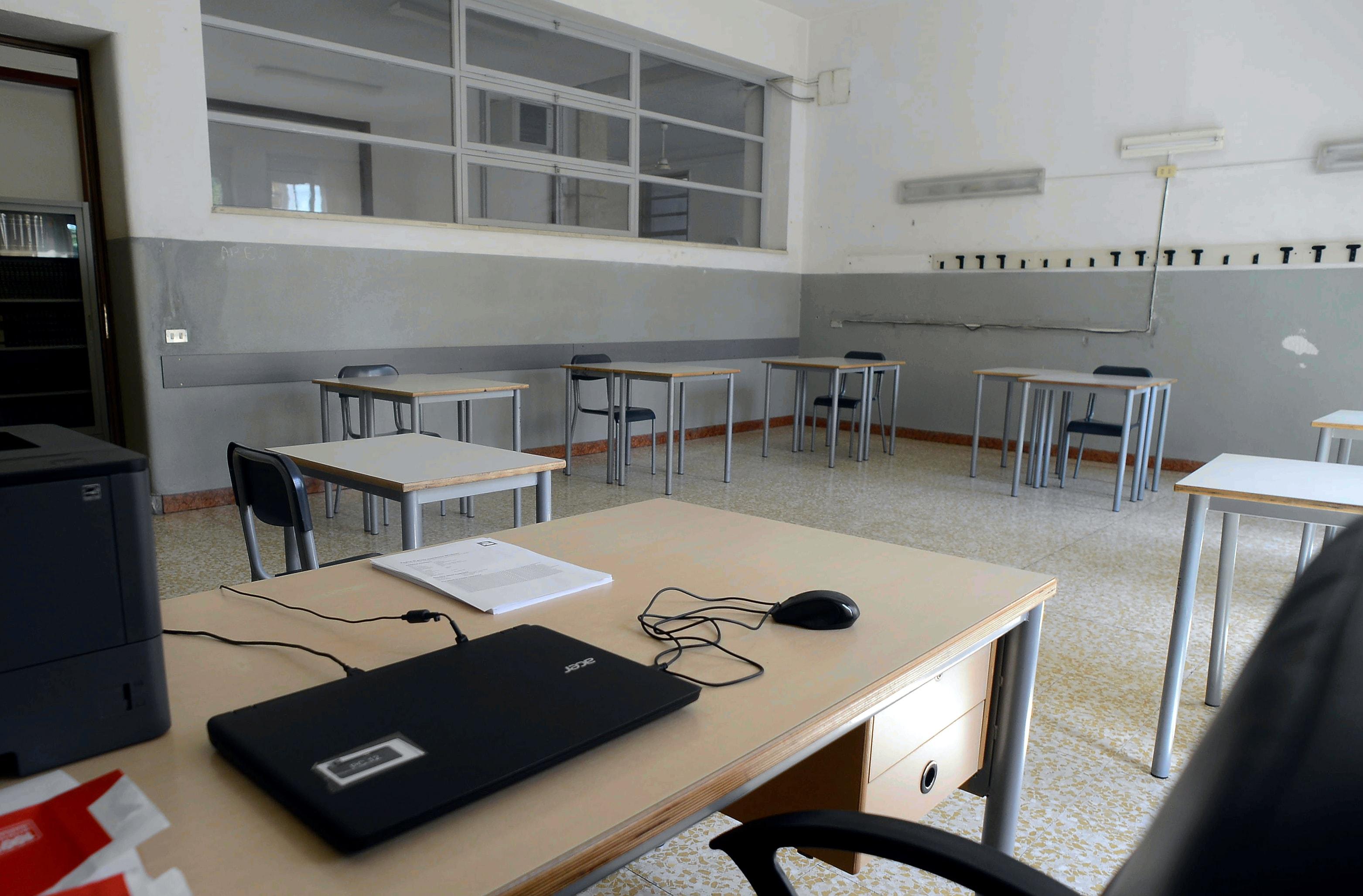 Coronavirus Studentessa Positiva In Una Scuola Del Friuli Venezia Giulia A Cervignano Chiuse Le Aule