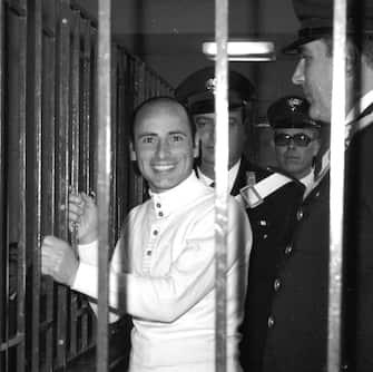 20041124 - ROMA - POL - CIAMPI CONCEDE LA GRAZIA A GRAZIANO MESINA.   Graziano Mesina in una foto del novembre 1972 nel  Tribunale di Cagliari. Oggi il presidente della Repubblica, Carlo Azeglio Ciampi  ha concesso la grazia a Graziano Mesina .    MARIO ROSAS -   ANSA-CD