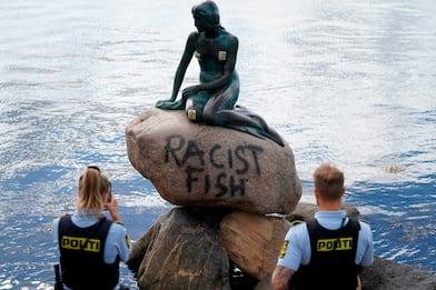 Vandalizzata la Sirenetta di Copenaghen. Foto