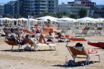 BOLOGNA, ITALY - JUNE 06: People visit Rimini beach on June 02, 2020 in Bologna, Italy. Many Italian businesses have been allowed to reopen, after more than two months of a nationwide lockdown meant to curb the spread of Covid-19. (Photo by Roberto Serra - Iguana Press/Getty Images)