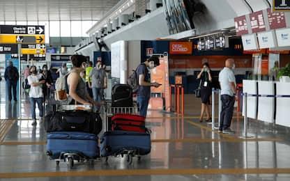 """Aeroporti, De Micheli: """"Ritorno ai livelli 2019 a fine 2023"""". I DATI"""