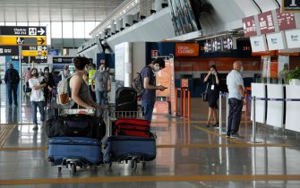 All'aeroporto di Fiumicino si apre un weekend all'insegna dei vacanzieri, con una media giornaliera di 240 voli tra partenze ed arrivi