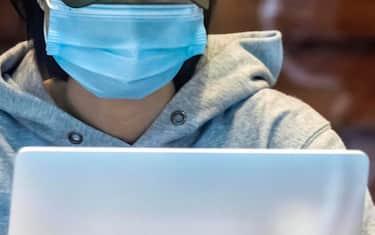10 lavoratori rischio contagio coronavirus ansa