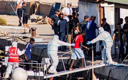 Migranti, oltre 600 sbarchi a Lampedusa in 24 ore