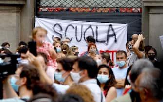Manifestazione Priorita' alla Scuola in piazza Scala a Milano, 25 giugno 2020.ANSA/Mourad Balti Touati