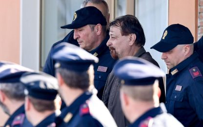 """Cesare Battisti protesta: """"Cibo in carcere inadeguato alla mia salute"""""""