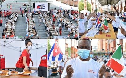 Coronavirus, a Torino una festa per ringraziare i medici cubani. FOTO