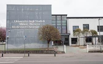 Ingresso del dipartimento Università Statale Bicocca di Milano Medicina e Chirurgia, 12 Marzo 2020. ANSA/Marco Ottico