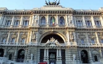 ©MARCO MERLINI/LAPRESSE21.11.2001  ROMAINTERNINELLA FOTO IL PALAZZO DI GIUSTIZIA SEDE DELLA CORTE DI CASSAZIONE