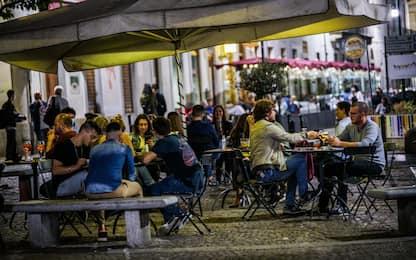 Covid, stretta sulla movida a Torino: ordinanza attesa in serata