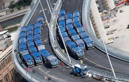 """Ponte Genova, collaudo ok. Conte: """"Simbolo dell'Italia che si rialza"""""""