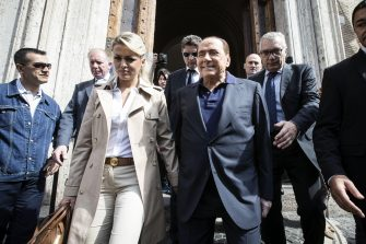 Forza Italia (FI) party leader Silvio Berlusconi and his fiancee Francesca Pascale leave the polling station during municipal elections in Rome, Italy, 05 June 2016. Local elections are underway across Italy including mayoral votes in Rome, Milan, Turin and Naples. ANSA/ ANGELO CARCONI