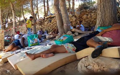 Migranti, continuano sbarchi a Lampedusa: in 48 ore oltre 500 arrivi
