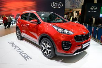 BRUSSELS, BELGIUM - JANUARY 13:      Kia Sportage compact sports utility vehicle on display at Brussels Expo on January 13, 2017 in Brussels, Belgium. The fourth generation ofthe Kia Sportage or Kia KX5 is available with petrol engines or a turbocharged diesel engine. (Photo by Sjoerd van der Wal/Getty Images)