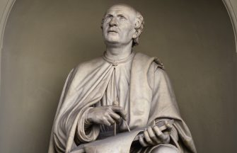 FLORENCE, ITALY - NOVEMBER 2, 2015: A marble statue of architect Filippo Brunelleschi faces the landmark Duomo, or Santa Maria del Fiore Cathedral, in Florence, Italy. Brunelleschi (1377-1446) was amongst the founding fathers of the Italian Renaissance, well known for successfully building the massive dome on the Florence Cathedral. (Photo by Robert Alexander/Getty Images)