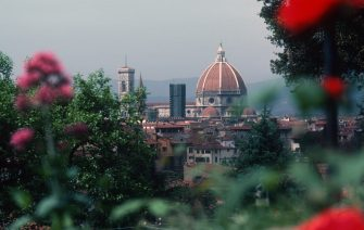 FLORENCE, IT - JUNE 6:  Duomo from the Rose Garden on June 6, 1985 in Florence, Italy. (Photo by Santi Visalli/Getty Images)