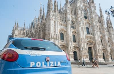 Guardia aggredita in Duomo, le immagini dalla cattedrale di Milano