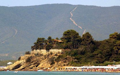 Castiglione della Pescaia e Viareggio, a Ferragosto divieto gavettoni