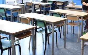 Corona Virus: pulizia della scuola Nigra in vista della riapertura prevista mercoledi 4 marzo, Torino, 2 marzo 2020 ANSA/ ALESSANDRO DI MARCO