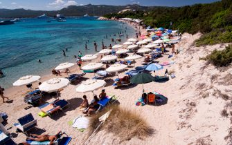 PORTO CERVO, ITALY - AUGUST 19: The view of a beach in Sardinia where tour operators try in every way to respect the rules of social distancing for the spread of COVID-19 on August 19, 2020 in Porto Cervo, Italy. (Photo by Emanuele Perrone/Getty Images)