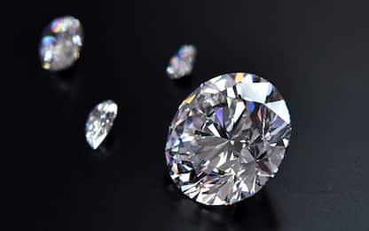 Milano, truffa sui diamanti: scoperte altre 280 vittime