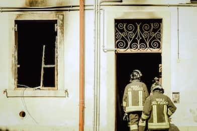 Esplosione in edificio a Verona: due feriti, uno grave