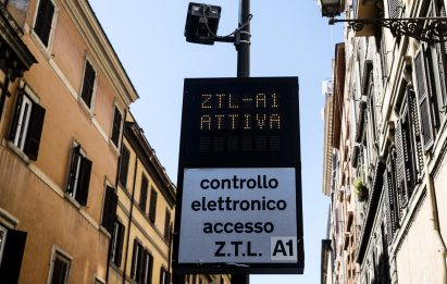Covid Torino, Ztl resta sospesa fino al 9 gennaio