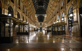 The semi-deserted center of Milan on the first evening of the curfew, from 11 pm to 5 am, decreed by the president of the Lombardy region Attilio Fontana to face the second wave of the Coronavirus epidemic, Milan,  23 October 2020. ANSA / MATTEO CORNER