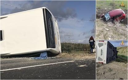 Castelvetrano, pullman si scontra contro un'auto e si ribalta: 2 morti