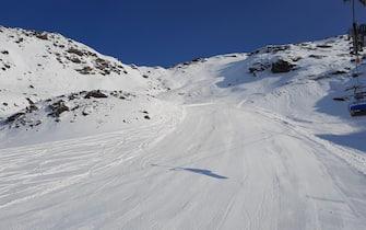 Le piste e gli impianti da sci a Solda, in Alto Adige, in era Covid, 25 ottobre 2020. ANSA/GIAMPAOLO RIZZONELLI