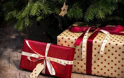 """Natale 2020, Confcommercio: """"Meno regali, spesa cala del 18%"""""""