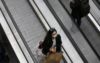 Foto Cecilia Fabiano/ LaPresse 27 Novembre  2020 Roma (Italia)Cronaca  : Black Friday prima di Natale Nella Foto : inaugurazione del Centro Commerciale Maximo, ressa e file Photo Cecilia Fabiano/LaPresseNovember 27 , 2020  Roma (Italy) News:Black Friday before Christmas In the Pic : inauguration of Maximo Mall