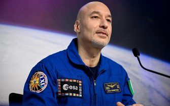 epa08202515 Italian ESA astronaut Luca Parmitano speaks to the media during a press conference at the European Space Agency (ESA) / European Astronaut Centre (EAC) in Cologne, Germany, 08 February 2020. Parmitano, along with NASA US astronaut Christina Koch and Russian cosmonaut Alexander Skvortsov of Roscosmos, returned from the International Space Station (ISS) mission on 06 February 2020.  EPA/SASCHA STEINBACH